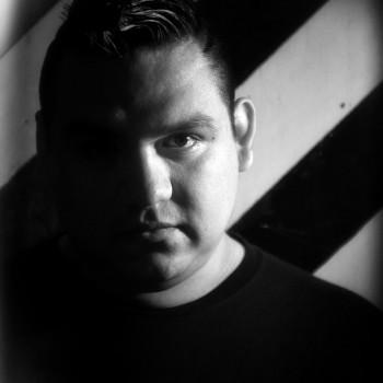 Omar Labastida - Sangre Sudor & Beats - Viva Playa