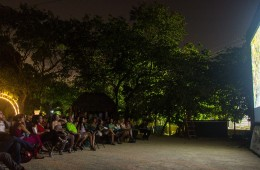 Why attend functions of El Cine Club in Playa del Carmen?
