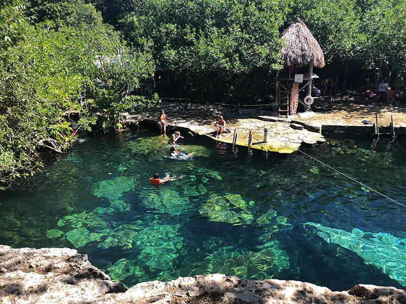 cenotes cerca de playa